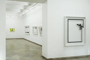 03_Ausstellung_Galerie_artmark_Homme_Solitaire_Ingo_Nussbaumer_mit_Janos_Megyik