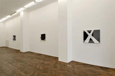03_Bilder_cp084_cp083_cp085_Galerie_Hubert_Winter_Ausstellung_Ingo_Nussbaumer_2013