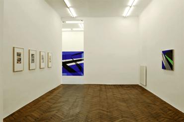 04_ansicht_hinten_Galerie_Hubert_Winter_Ausstellung_Ingo_Nussbaumer_2013