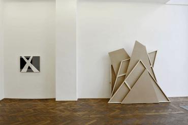 06_cp085_bildabnahme_Galerie_Hubert_Winter_Ausstellung_Ingo_Nussbaumer_2013