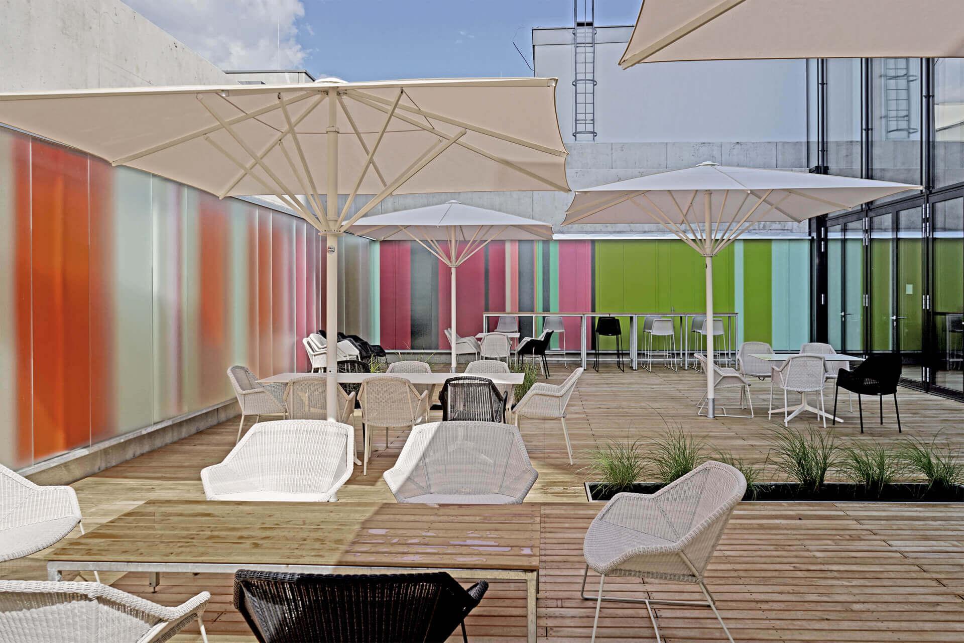 Croma_Headquarter_Architekturprojekt_farbgestaltung_ingo_nussbaumer_querkraft_Aussenansicht
