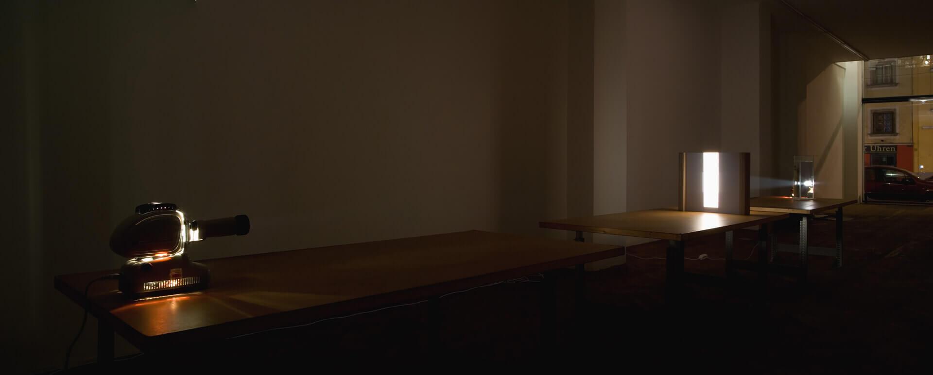 Lichtinstallation_Galerie_Hubert_Winter_2009_Ingo Nussbaumer