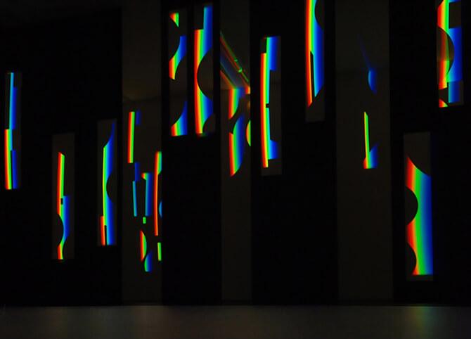 Link zum Bereich Lichtobjekte: Licht-Installationen mit prismatischem Licht